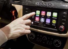 苹果Carplay领衔 详解四大车载系统特色与软肋