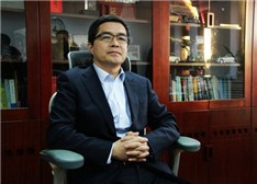 欧阳明高:互联网与车融合 将是中国新能源汽车界的希望