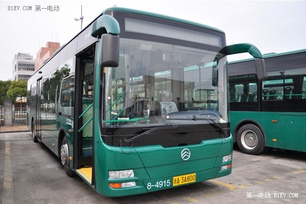 关于杭州着火混动公交车型:厦门金旅XML6125HEV93C