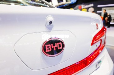 比亚迪新能源汽车在沪补贴面临腰斩 销量减速几成定局