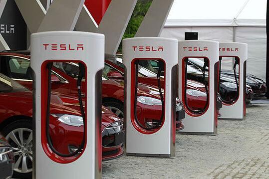 充电收费别太当真,特斯拉其实是想涨价!