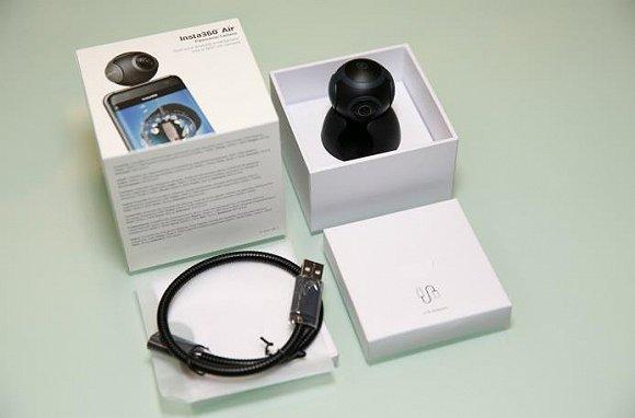 装上这个小相机 让你的安卓手机拍出360度全景照片