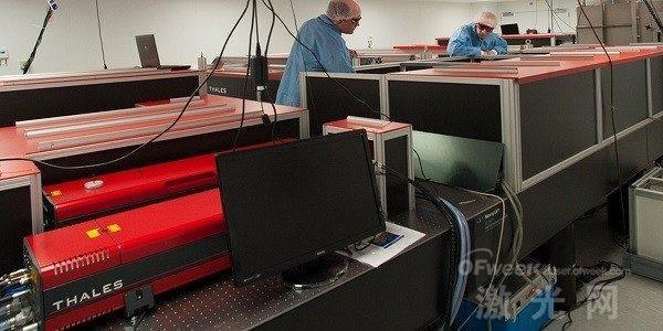 斯特拉斯克莱德大学收购350 TW激光器