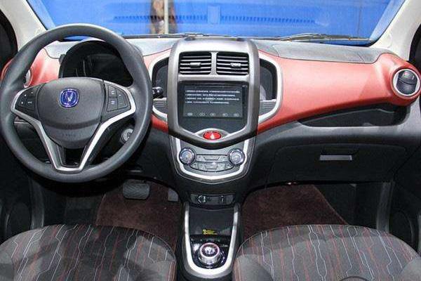 市场上的那些冷门与热销车型 6款新能源电动车导购