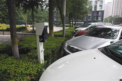 电动汽车充电受困 是国民素质差?还是普及慢?