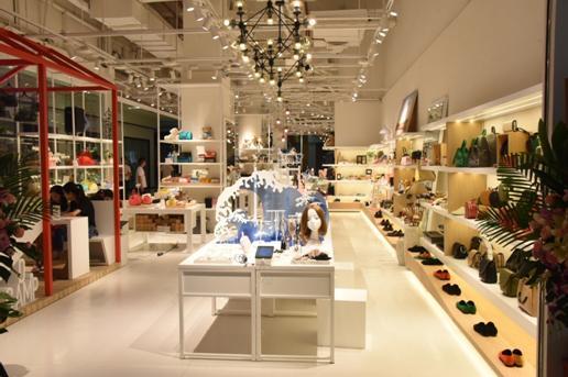 物联网新零售集合店DCAMP在广州海珠区开业