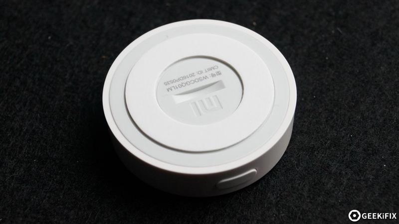 拆小米智能家居产品温湿度传感器,PCB上都有这些电子元器件