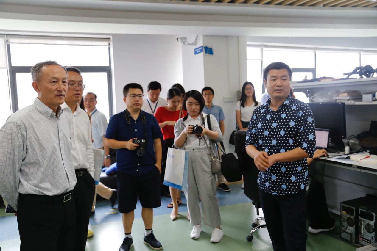 中科院深圳先进院—触景无限科技嵌入式人工智能及机器视觉联合实验室揭牌