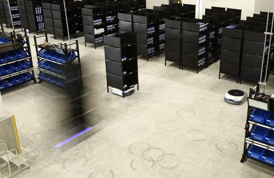 物流机器人在机器人产业中脱颖而出