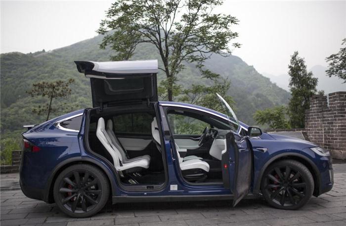 试驾特斯拉Model S与Model X两款车型顶配版本