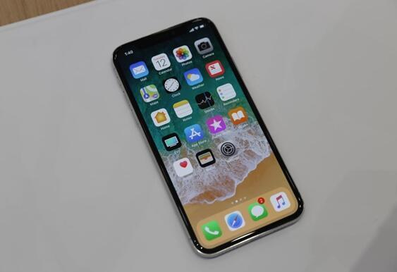 苹果拟扩大采用 OLED 屏幕:明年至少两款 OLED iPhone