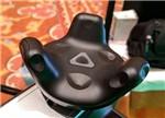 HTC Vive追踪器:万能兼容的VR游戏手柄
