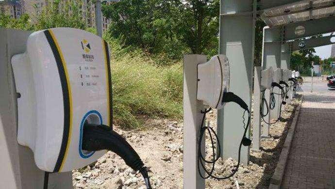 近7天湖北省内电动汽车快充站充电量同比增7倍