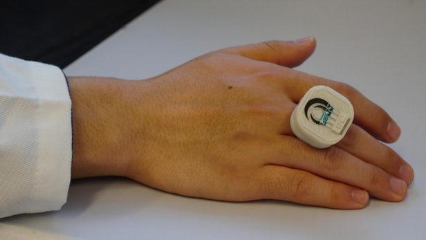 时尚与可穿戴结合 高科技戒指可监测安全威胁