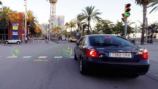 驾车就像打游戏 瑞士AR驾驶系统获洛杉矶车展大奖