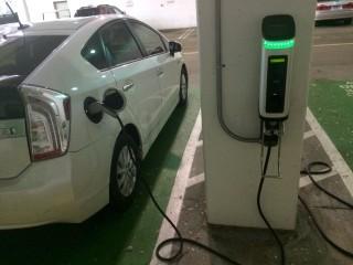 断崖式下降 :2017年新能源汽车补贴政策解读