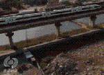高铁沿线破铜烂铁堆积成山 国有土地被占做垃圾回收站!