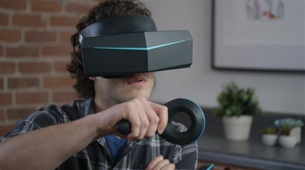 1月10日,国内VR硬件厂商小派科技(Pimax)在CES上展出了他们最新版的8K(单眼4K) VR眼镜。 国产厂商小派在CES展示其最新VR眼镜:超强8K分辨率 第一版8K VR耳机在去年的CES上