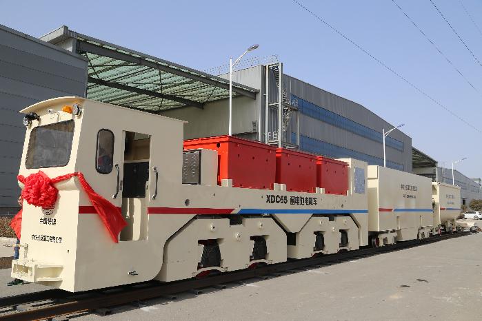 """""""西安制造""""的首台电机车组用于广州地铁"""