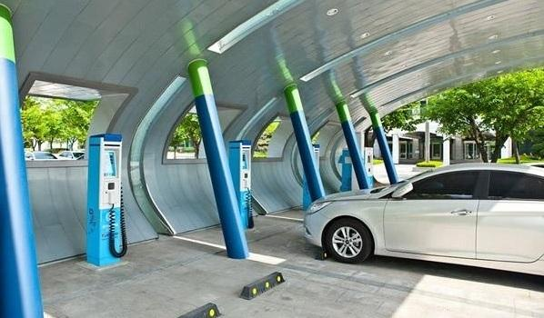 除了补贴,谁还能再推新能源汽车一把?