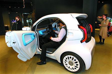 首款量产3D打印电动车亮相 明年4月投产已有7000辆欧洲订单