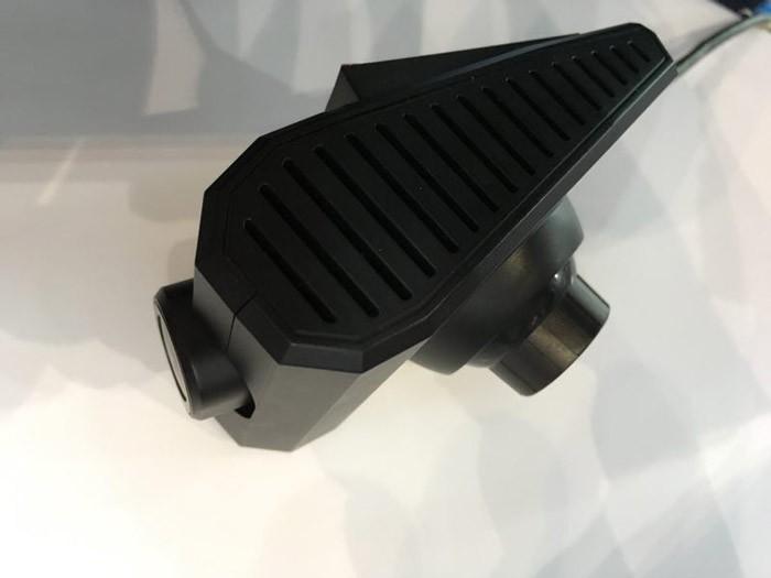 打造车联网视频社交平台 九方广维科技推出全球首款车载视频对讲机