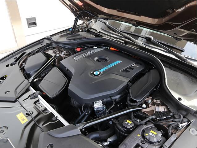 油耗不到2L,12种驱动模式,宝马530le来势汹汹欲成插混合搅局者