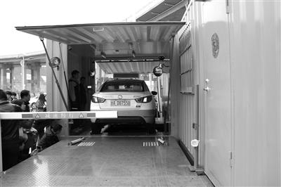 西北地区首座换电站落户兰州 电动出租车换电池仅3~5分钟