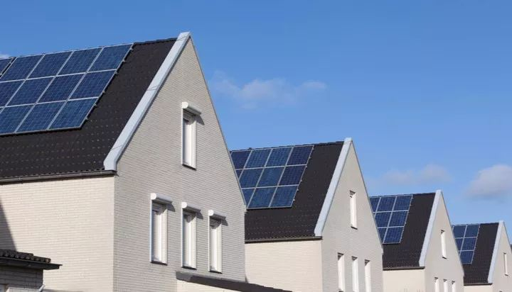 日产在英国推出家庭太阳能系统