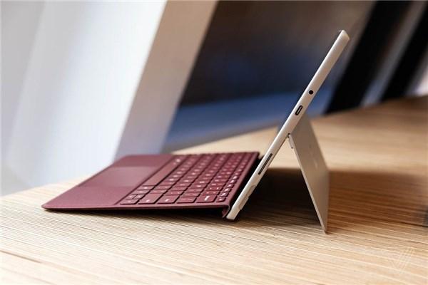微软Surface Go实拍图赏:小巧轻便