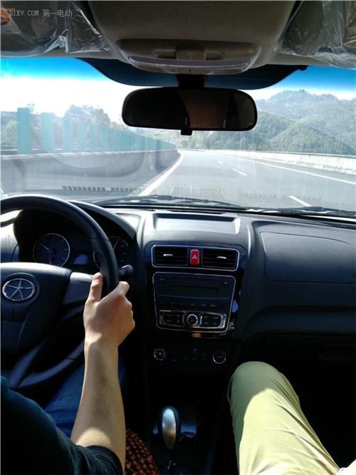 充电桩,安装调试,奇瑞EQ,纯电动汽车,新能源汽车
