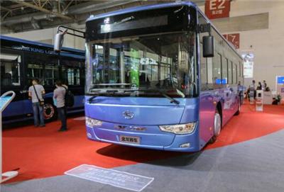 金龙客车创变亮相2016北京道路运输展